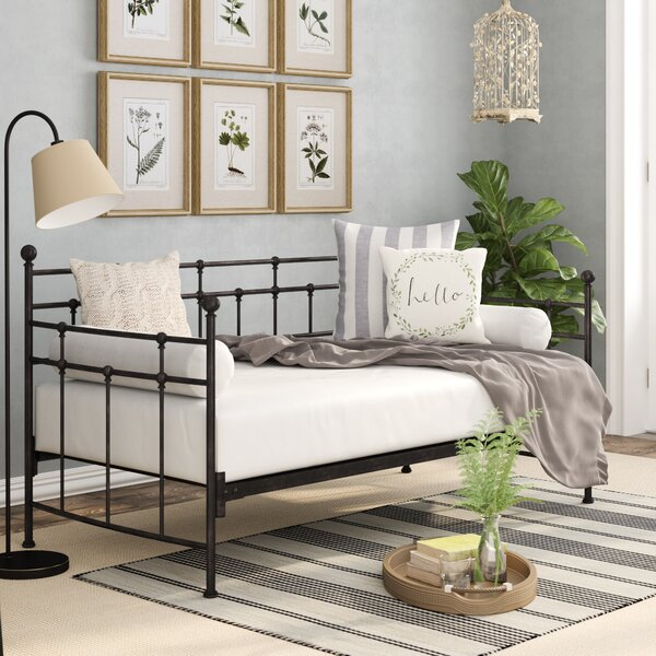 Frazier Twin Daybed by Charlton Home Charlton Home