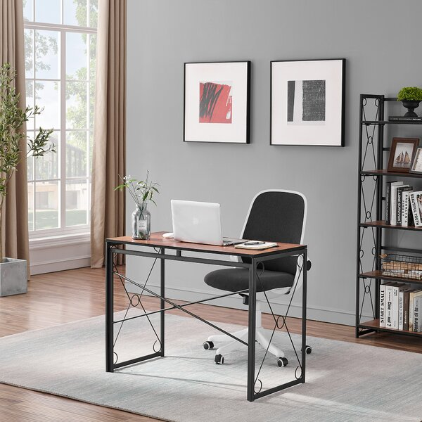 Reversible Writing Gaming Desk and Chair Set