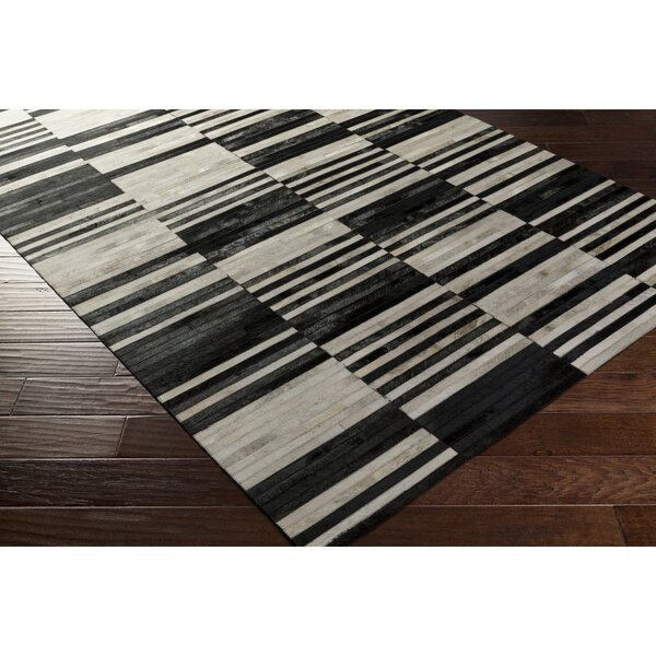 Ashley Hand-Crafted Black/Neutral Area Rug by Orren Ellis