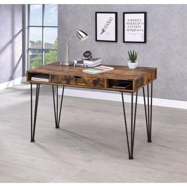 Lando Desk
