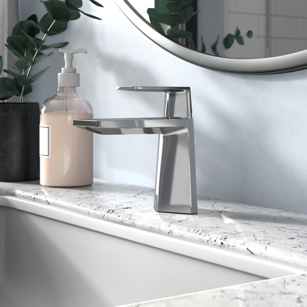 Exquisite Single Hole Bathroom Faucet with Drain Assembly