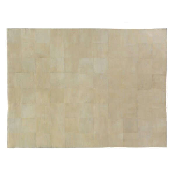 Hand woven Ivory Area Rug by Exquisite Rugs