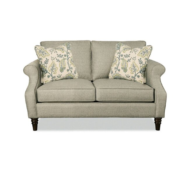 Review Precise Loveseat