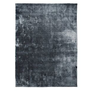 Velvet Handmade Stormy Weather Grey Blue Area Rug