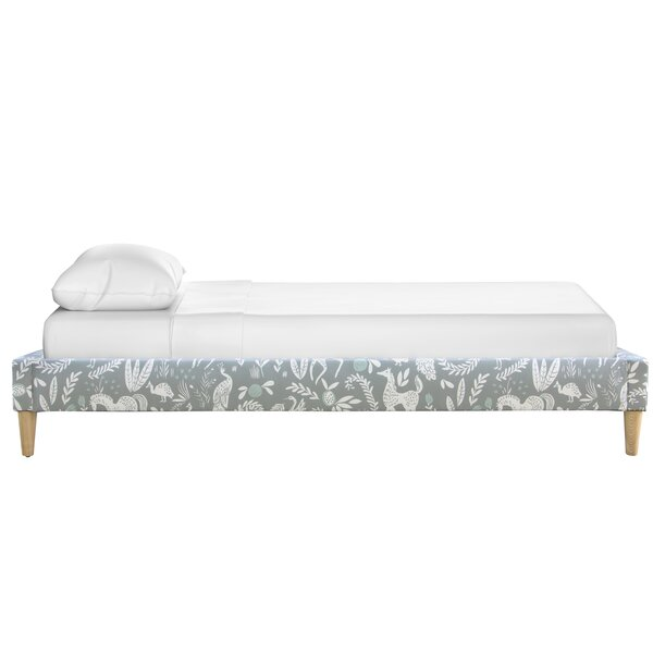 Watkinsville Panel Bed by Isabelle & Max