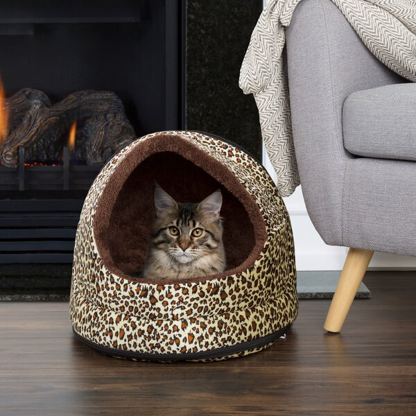 Glynis Cozy Canopy Pet Bed by Tucker Murphy Pet