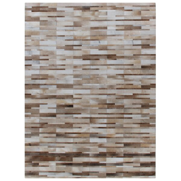 Natural Hide Hand-Tufted Cowhide Beige/Ivory Area Rug