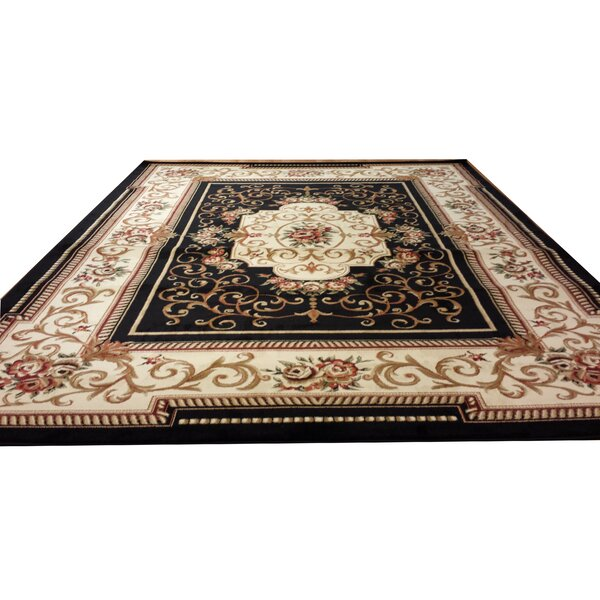 Black/Beige Area Rug by Rug Tycoon