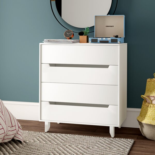 Massie 4 Drawer Chest by Mercury Row