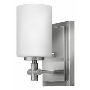 Great Price Laurel 1-Light Bath Sconce By Hinkley Lighting