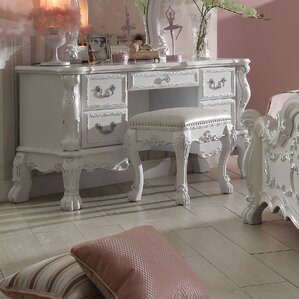Welliver Vanity by Astoria Grand