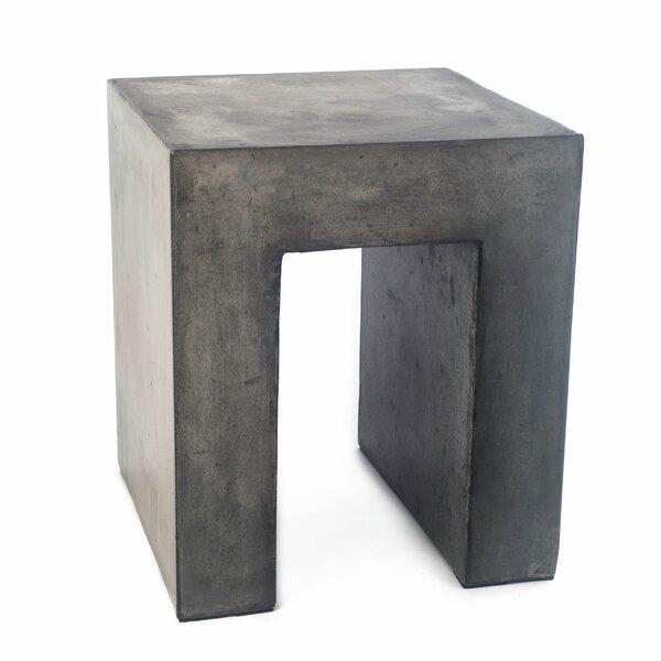 Linkwood Stone/Concrete Side Table by 17 Stories