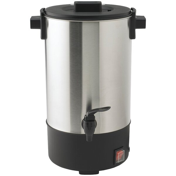 25-Cup Urn Coffee Urn by Nesco
