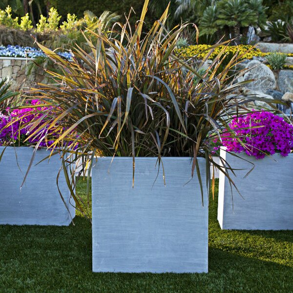 Modular Resin Stone Planter Box by Amedeo Design