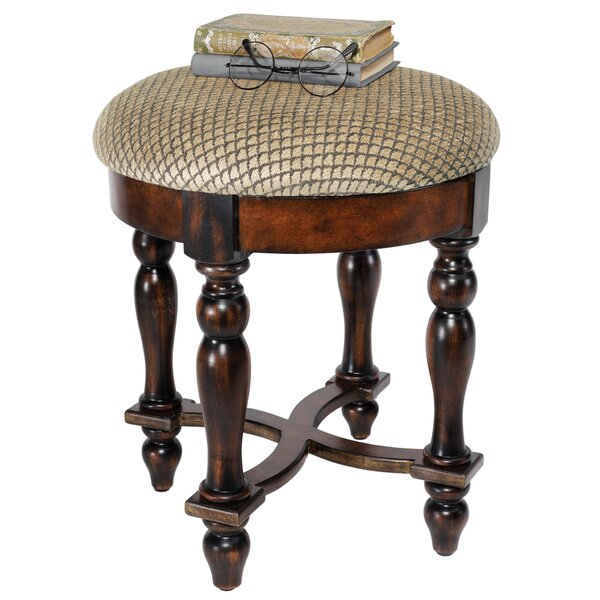 Grand Duchess Boudoir Accent Stool by Design Toscano