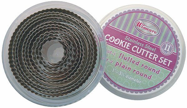 11 Piece Cookie Cutter Set by Winco