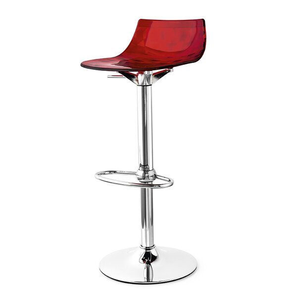 Elio 31.5 Swivel Bar Stool by Orren Ellis