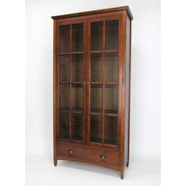 Jemaine Traditional Standard Bookcase by Gracie Oaks