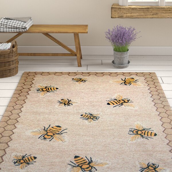 Calderon Honeycomb Bee Hand-Tufted Natural Indoor/Outdoor Area Rug by August Grove