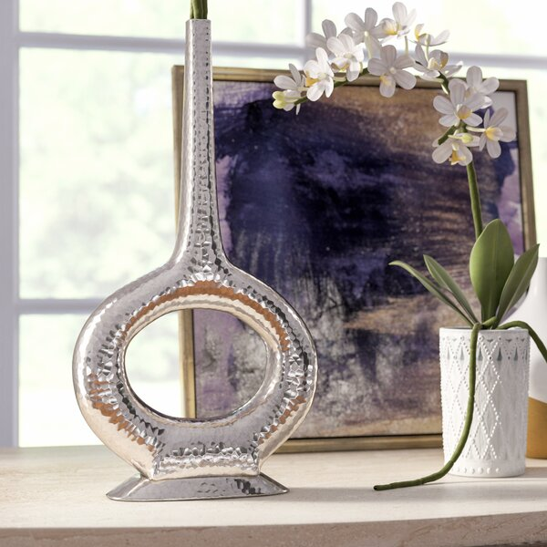 Charlie Round Vase by House of Hampton