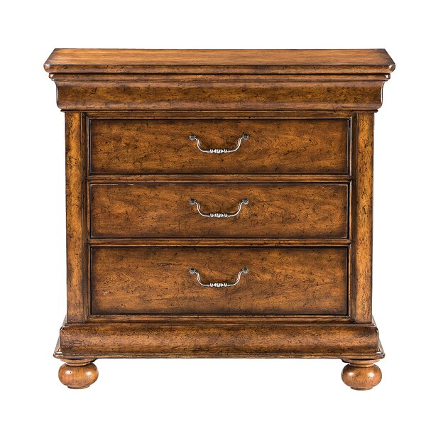 Louis Philippe 3 Drawer Bachelor's Chest By Stanley Furniture