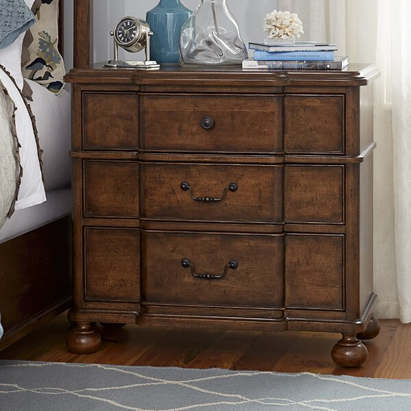Eoin 3 Drawer Bachelor's Chest by Ophelia & Co.