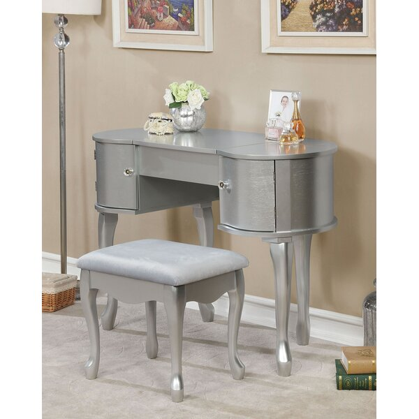 Kincaid Vanity Set with Mirror by House of Hampton