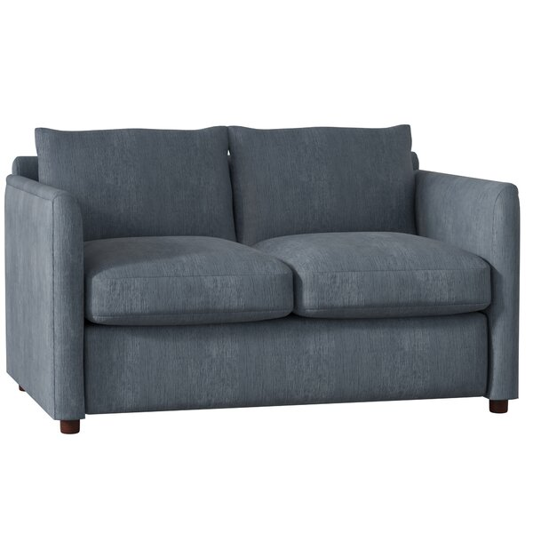 Review Alice Loveseat