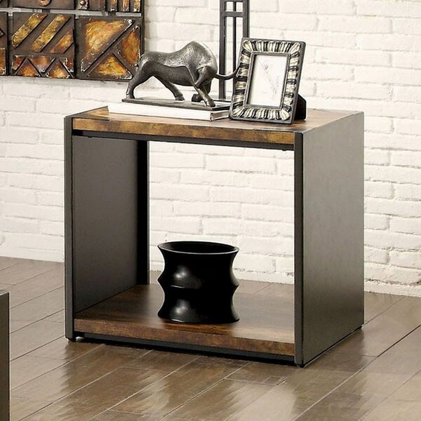 Clyda End Table by Fleur De Lis Living Fleur De Lis Living
