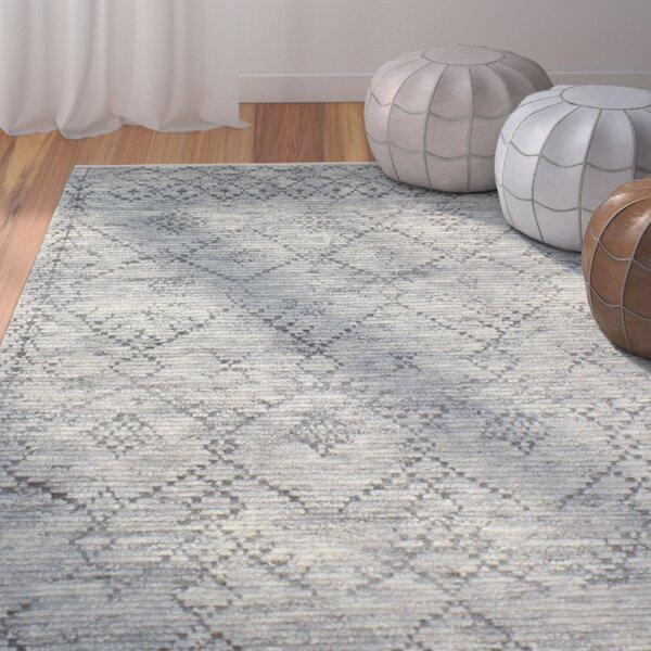 Floressa Hand-Knotted Gray Area Rug by Bungalow Rose