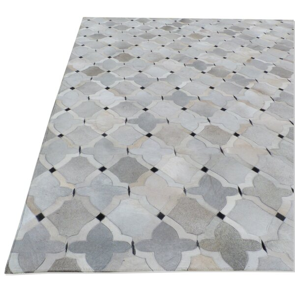 Natural Hide Hand-Tufted Cowhide Silver/Ivory/Gray Area Rug by Exquisite Rugs