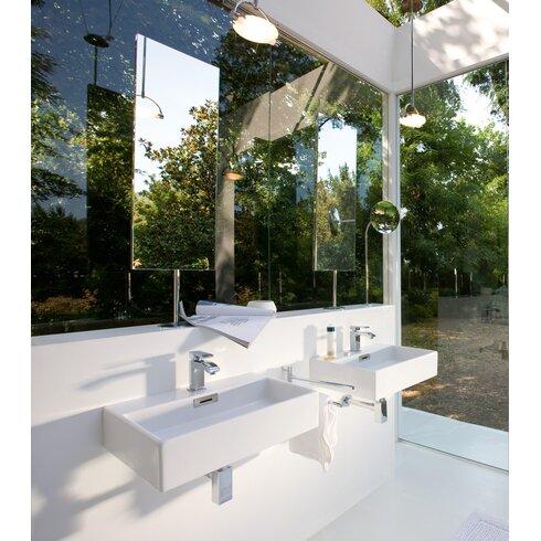 Linea Qaurelo 19 7 Wall Mount Bathroom Sink With Overflow