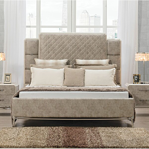 Ozan Upholstered Platform Bed by Everly Quinn