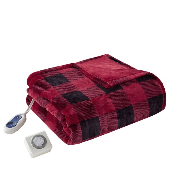 Avonmouth Oversized Heated Plush Throw by Loon Peak