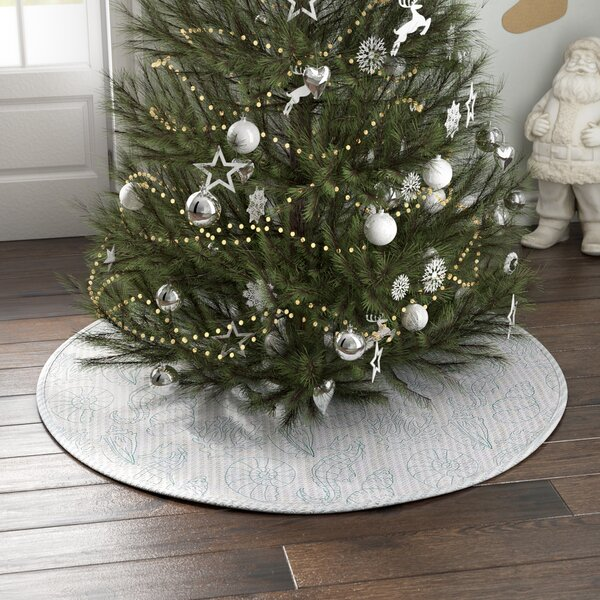 Tree Skirt by Highland Dunes