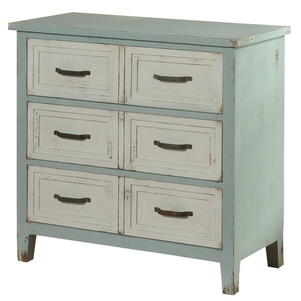 Soren 3 Drawer Chest by August Grove