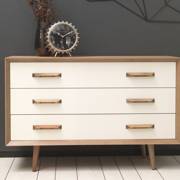 Kellan 3 Drawer Chest by George Oliver
