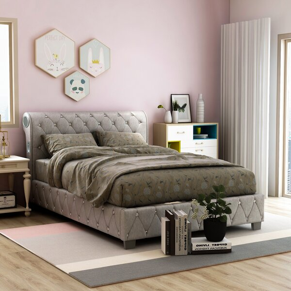 Vivianne Upholstered Sleigh Bed by House of Hampton