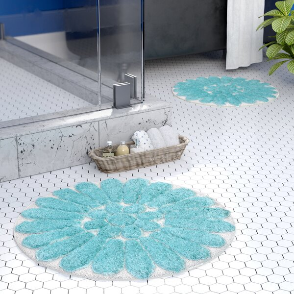 Cressona Bursting Flower Bath Rug Set by Latitude Run