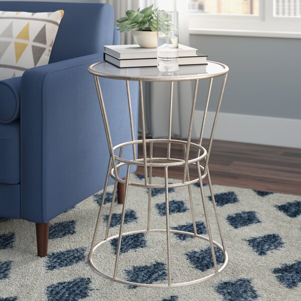 Lucca End Table By Ivy Bronx