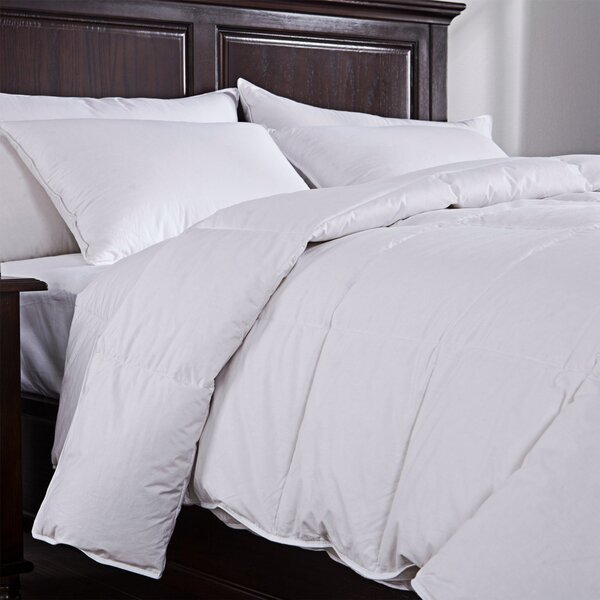 Lightweight Down Comforter by Puredown