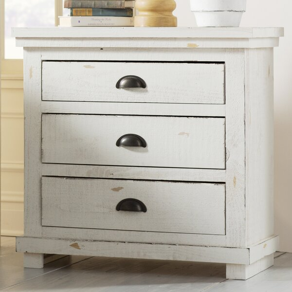 Castagnier 3 Drawer Night Stand by Lark Manor