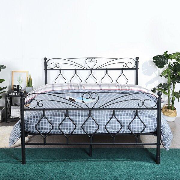 Woodmore Platform Bed by Grovelane Teen
