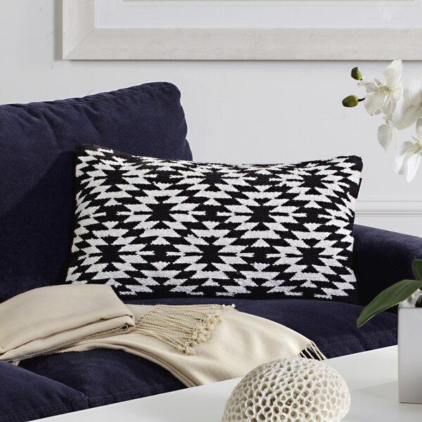 Southwest Cotton Lumbar Pillow (Set of 2) by Safavieh