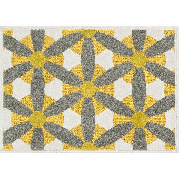 Laudenslager Yellow/Gray Indoor/Outdoor Area Rug by Ebern Designs
