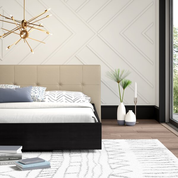 Karr Upholstered Platform Bed by Mercury Row