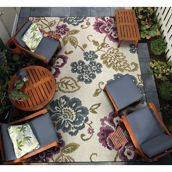 Dimmick Indoor/Outdoor Area Rug by Winston Porter