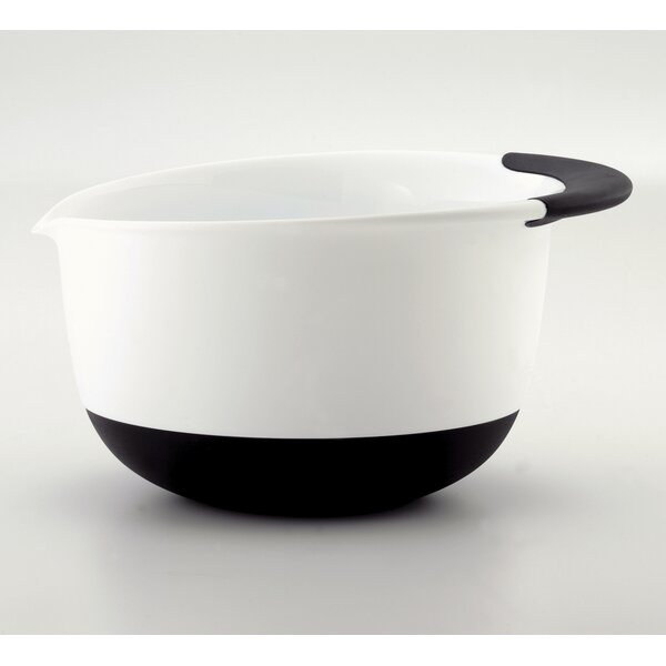 Good Grips 96 oz. Plastic Mixing Bowl by OXO