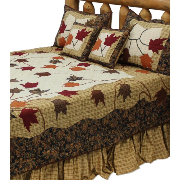 Ariella Autumn Leaves Quilt by August Grove