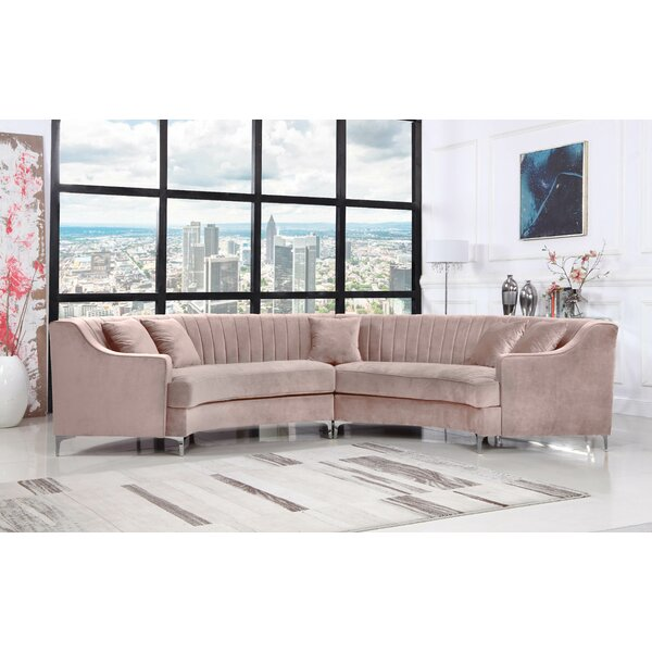 Kempst Sectional by Everly Quinn